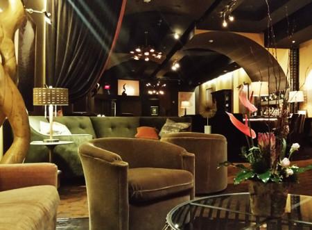 Bromwell's Harth Lounge