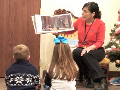 Holiday Storytime at Behringer-Crawford Museum
