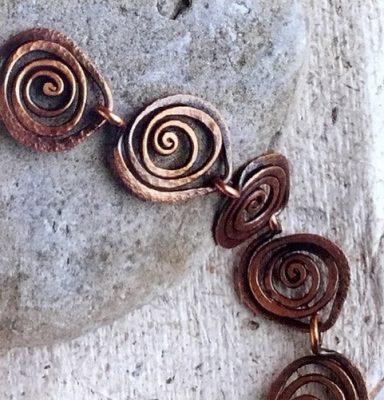 Create Wire & Bead Jewelry at The Barn in Mari...